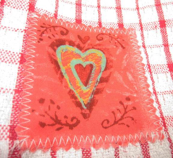 DIY Dollar Store Valentine's Dish Towels - Valentine Craft at ALittleClaireification.com #valentine #valentines #craft