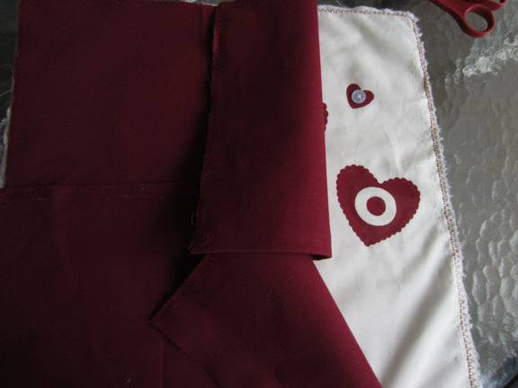 Easy hand painted valentine's throw pillow at ALittleClaireification.com #valentines #crafts #valentinesday