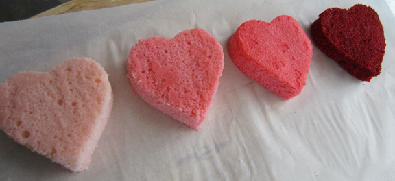 50 Shades of PINK! Ombre Cakes with ALittleClaireification.com #Valentine #ValentineDessert #OmbreCakes
