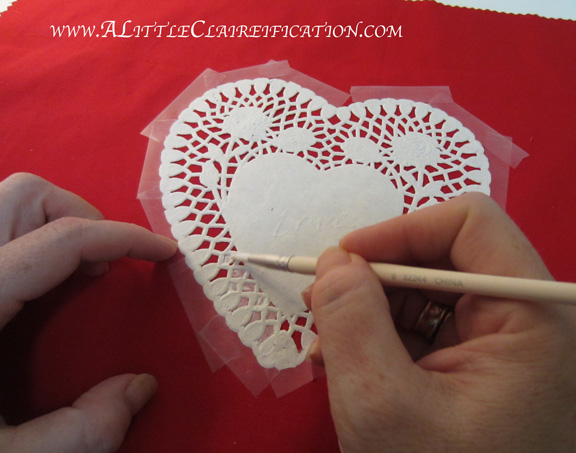 Valentineu0027s Table Runner With ALittleClaireification.com #Valentines  #Crafts #tablerunner