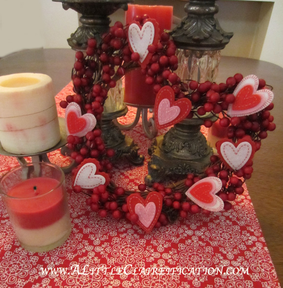 Valentine's Table Runner with ALittleClaireification.com #Valentines #tablerunner