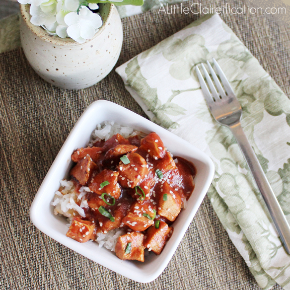 Healthy & Easy Crock Pot Sesame Chicken with ALittleClaireification.com #crockpot #recipes #chinese #slowcooker