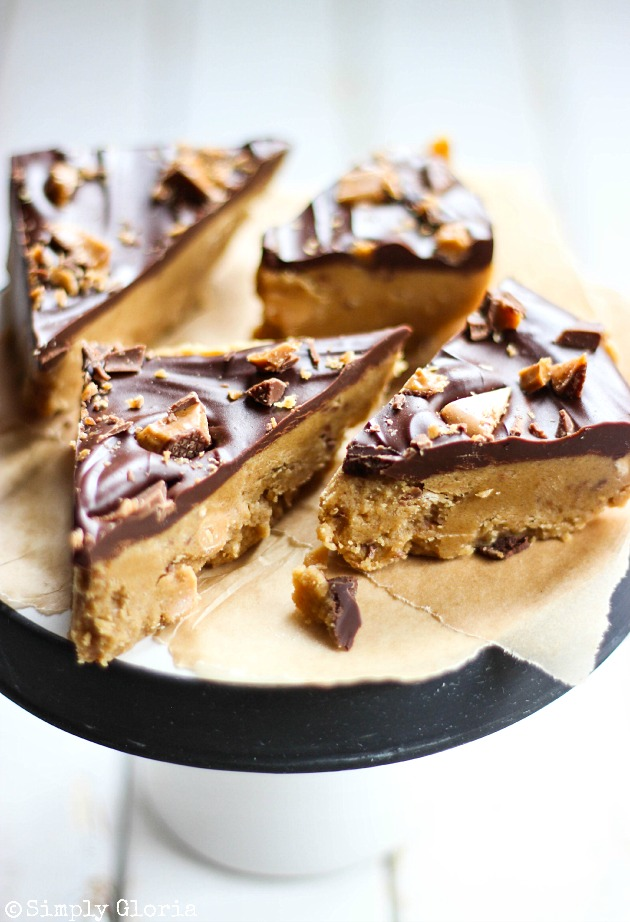 No Bake Toffee Crunch Peanut Butter Cookie Dough Bars A