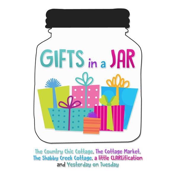 Gifts In A Jar - Five Bloggers and One Week Of CRAZY fun gift ideas!!