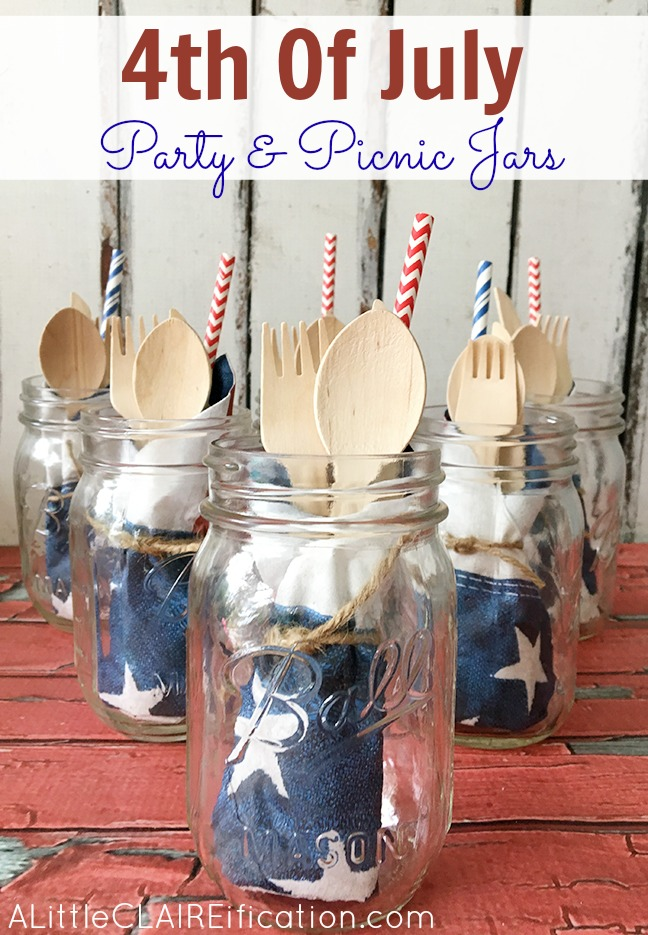 4th Of July Party and Picnic Jars - These all-in-one jars are a perfect addition to any summer party