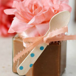 Spoon Fudge In A Jar  – Delicious Wedding Favors