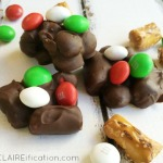 Crockpot Chocolate Peppermint Clusters | Holiday Baking