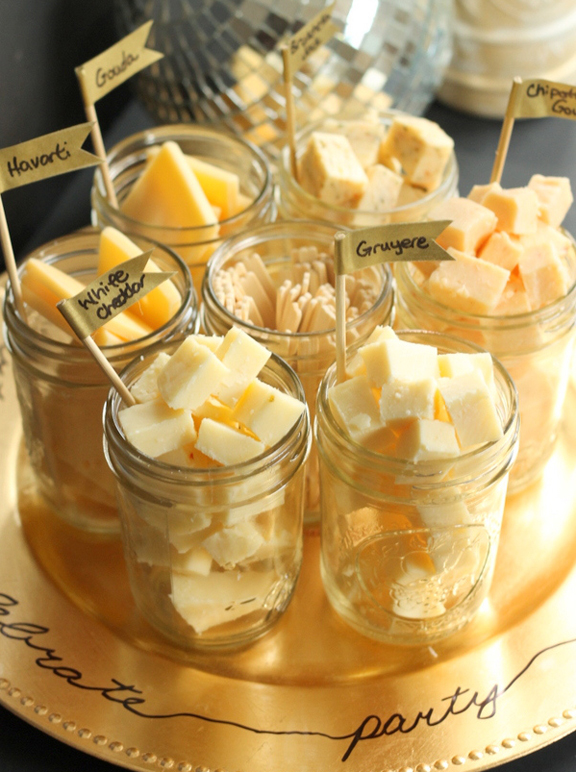 New Year's Eve Appetizers & Party Food Ideas - Mason Jar Cheese Tasting Tray