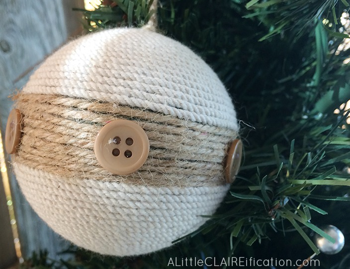 Beach Themed Holiday Patio Decor 6