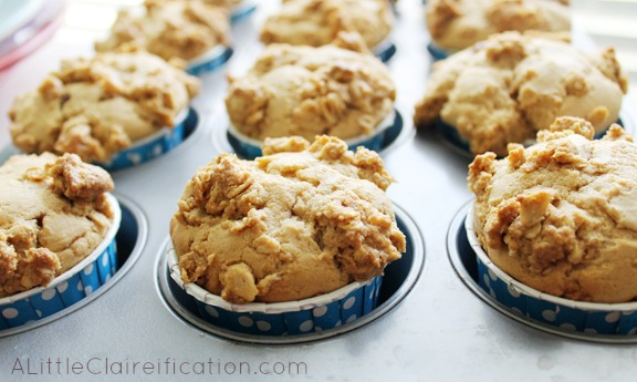 Chocolate Peanut Butter Muffins at ALittleClaireification.com #recipe #Breakfast #Coffee #DunkinMugUp