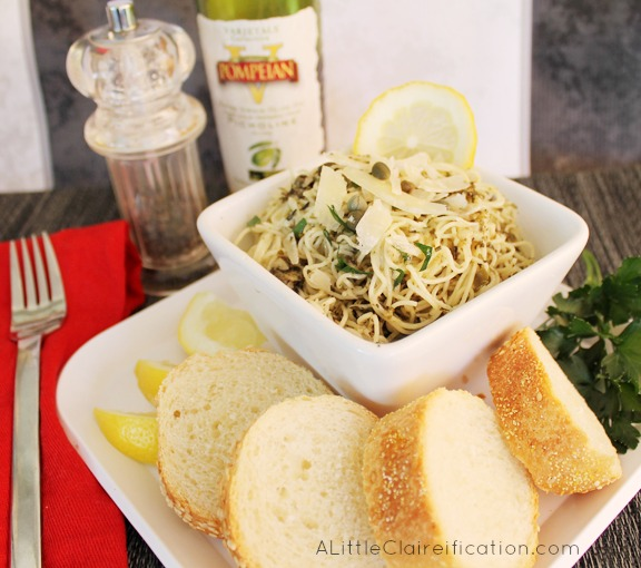 Aglio e Olio Recipe - A delicious, traditional Italian dish that is easy to make and packed with flavor. #recipe #PompeianVarietals #ad