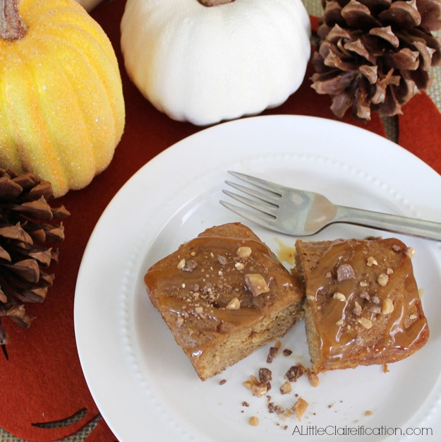 Applesauce Spice Cake with Caramel by ALittleClaireification.com #Fall #desserts #recipes