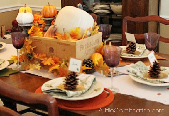 Hand Painted Thanksgiving Table Runner at ALittleClaireification.com #Thanksgiving #Crafts #DIY