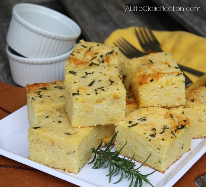 Moist & delicious Rosemary Parmesan Cornbread with less than 5 minutes prep | Thanksgiving Side Dishes at ALittleClaireification.com #recipes #Thanksgiving