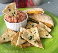 Homemade Pita Chips and Hummus / Healthy Snacks For Kids
